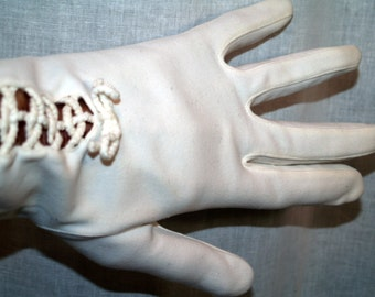 White Cotton Bow gloves Vintage