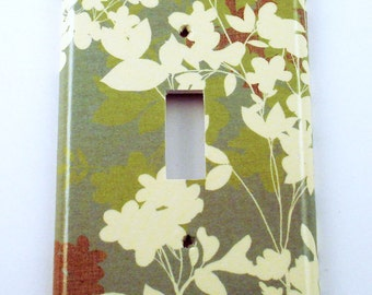 Light Switch Plate Wall Decor Single Light Switchplate in  Whisper  (130S)