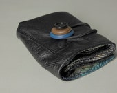 Recycled black leather wallet with cotton lining