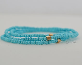 Beaded bracelet, blue turquoise glass seedbeads, stretchy, 7 inch, S5