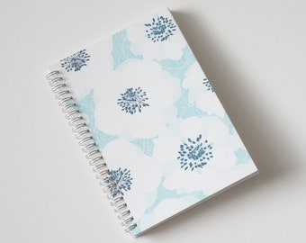 Large Coupon Organizer with 14 Pockets - Pre Printed Labels Included - White Flowers on Light Blue