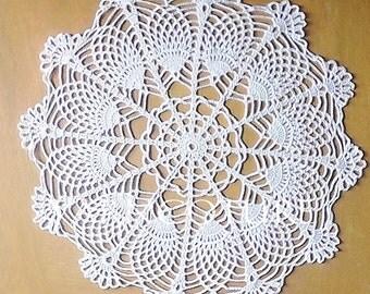 The Pineapple Fan Doily - Handmade Wedding / Housewarming Gift