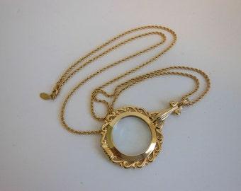 pendant necklace / Vintage Joan Rivers 1990's Necklace Lorgnette Magnifier Glass Pendant
