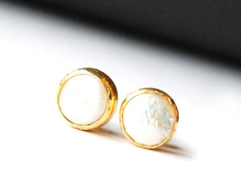 Pearls Stud Earrings, made with sterling silver coated 18K gold vermeil, pearl post earrings, chunky pearl studs, big pearl earrings, coin