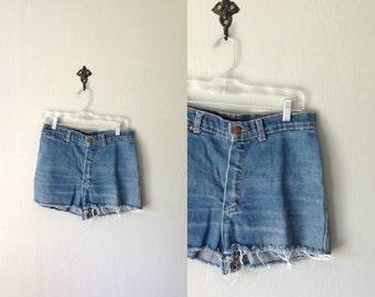 Vintage HIGH WAIST Cut Offs • 1970s Womens Clothing •Classic Blue Jean Shorts Denim •High Waisted Stretch Mini Daisy Dukes • Small Medium