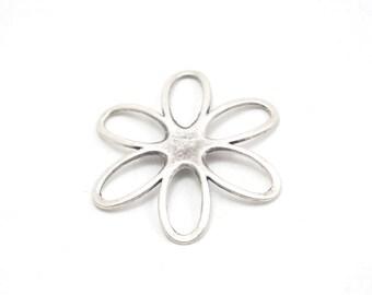 2pcs- Matte Silver plated Flower Charm- 50x50mm (408-030SP)