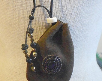 """Beaded Onyx Chocolate Brown Suede Leather Necklace Pouch with Shed Elk Antler Bead - Medium Size 11.5 x 7.5 cm. (4 1/4"""" x 3"""") - OlyTeam"""