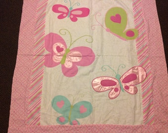 Butterflies reversible quilt