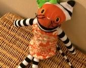 Custom listing - Britti Myers - pumpkin sock kitty
