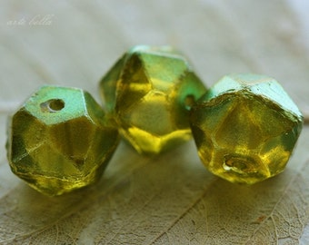 clearance .. RIPE PEARS 13mm .. 6 Premium Czech Glass Faceted Beads (3780-6)