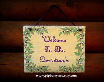Hand Painted Decorative Personalized Welcome Berry Branch Border 7 x 9 Slate Sign