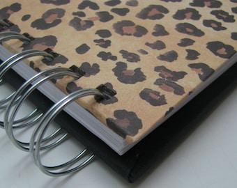 Password Journal/ Password Log/ Password Organizer/ Password Book/ Password Journal/ Internet Password/ Password Notebook/ Cheetah Print
