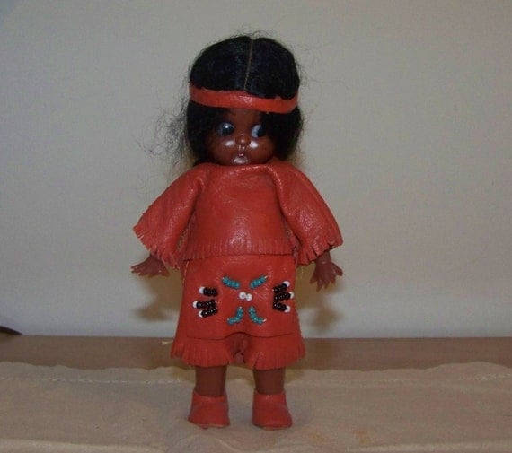 Small Native Plants For Australian Gardens: Small Native American Indian Doll