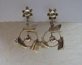Flower Dangle Gold Earrings Screw Vintage