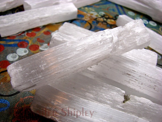 Raw selenite gypsum satin spar crystal stick spear for