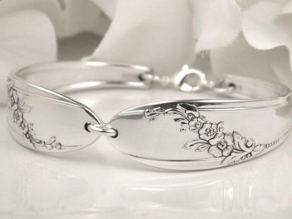 Spoon Bracelet, FREE Engraving, Personalized Spoon Bracelet, Spoon Jewelry, Silverware Bracelet, Bridesmaid Bracelet - 1946 QUEEN BESS