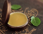 Q Solid Natural Perfume, Round Compact in an Emerald Green Pouch, California, Celtic Pagan Tree Ogham of the Oak, Luxury for the Naturalist