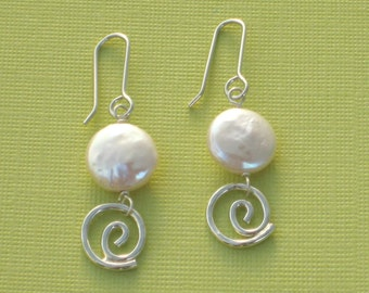 Swirl with Pearl Silver Swirl Dangles Freshwater Pearls Sterling Silver White Pearl Earring Hammered Silver White Pearl Silver Drops