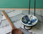 pale blue spoon rest with metal stand