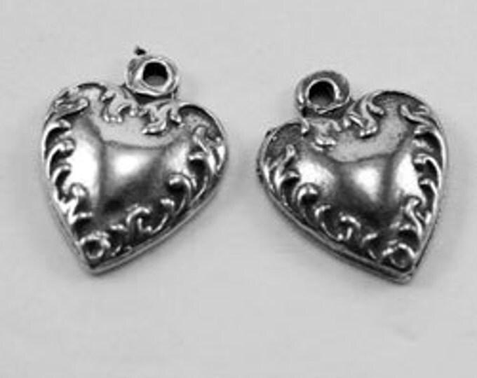 Pair Tiny Hearts, 1 bail, Australian pewter.   H14