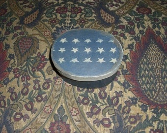 Paper Mache Vintage Patriotic Blue Colonial Box