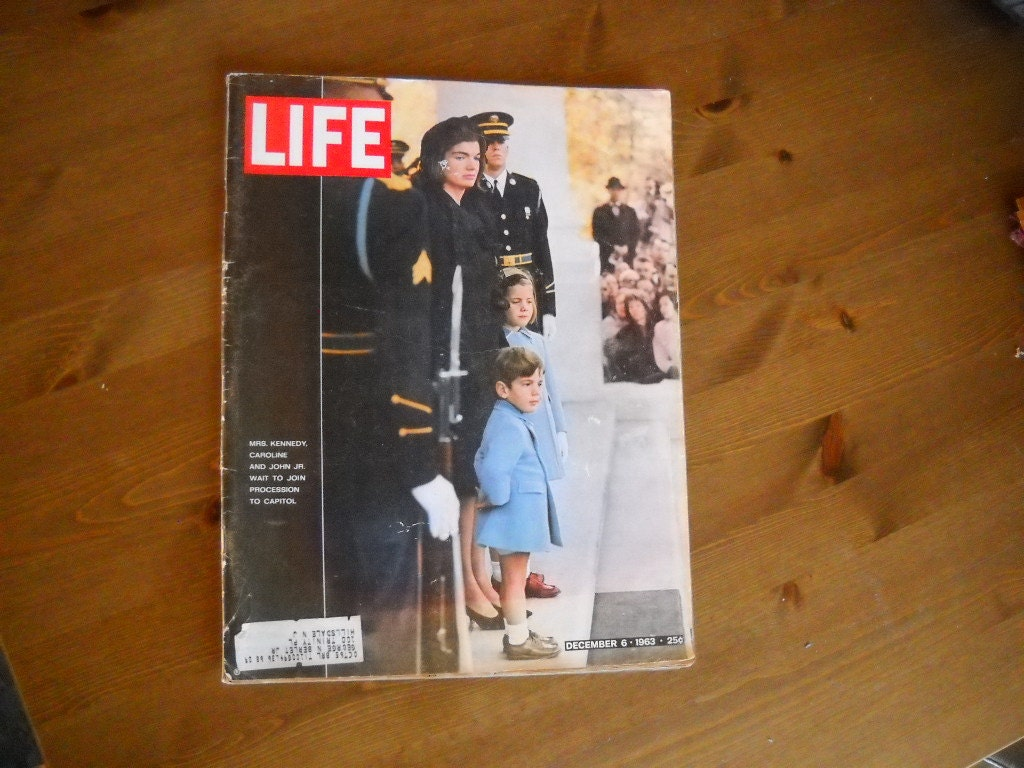 LIFE Magazine 1963 February 1 Alfred Hitchcock His Horror Film The Birds