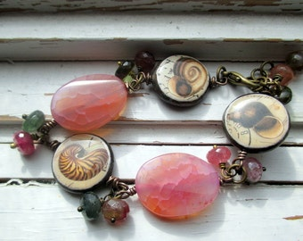 Seashells bracelet. Tourmaline, agate and seaside image charm bracelet, gift for her