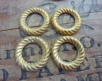 Vintage Brass 30mm Circle Stamping (4)