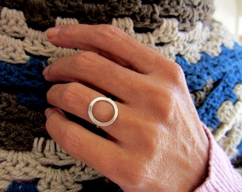 Sterling silver circle ring- infinite circle ring, Handmade sterling silver ring
