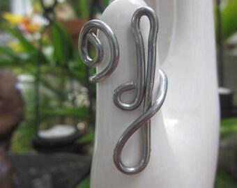 Initial J ring // Letter J ring // Lowercase J initial ring