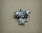 Pewter Cute Kitten Charm - Pet Cat Charm - Feline Animal Charm - Antiqued Silver Tone Pewter - Jewelry Supply Cute Charms - Cat Lover