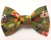 Dog Bow Tie - Dog Collar Bow Tie - Cat Bow Tie - Cat Collar Bow Tie - Dog Bowtie Cat Bowtie - Three Sizes Available - Magic Mushroom Bow Tie