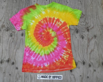 Green, Yellow, Orange and Pink Spiral Tie Dye T-Shirt (Fruit of the Loom Size S) (One of a Kind)