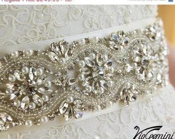 Ivory Weddig Sash, Crystal Bridal Sash, Ivory Bridal Sash, Rhinestone Bridal Sash, Beaded Bridal Sash, Bridal Belt, Wedding Sash Belt