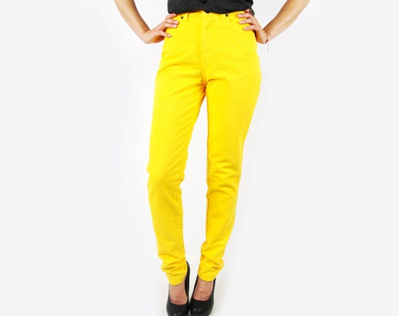 Unique Womens Cropped Toggle G O D Pants Yellow In Yellow  Lyst
