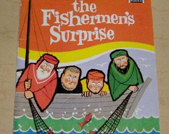 1967 The Fishermen's Surprise Arch Book Children's Book