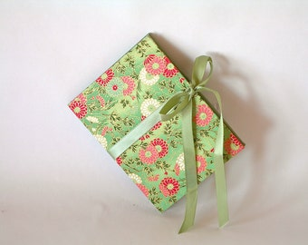 Accordion book- sage with pink and white chrysanthemums  (3x4in.)  - Ready to ship