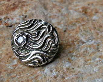 fine silver wave pendant with cubic zirconia