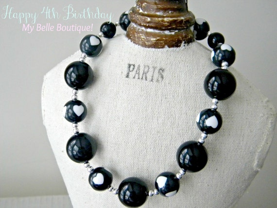 Little Girls Bubblegum Chunky Style Beaded Necklace - Black and Snow White Heart Beads with Silver Accents