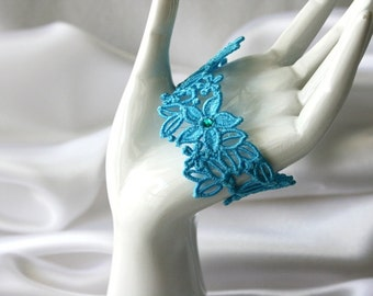 Stargazer BRACELET Vintage Inspired - Aqua Blue - Swarovski Crystals - Free Standing Lace Embroidery - Adult small