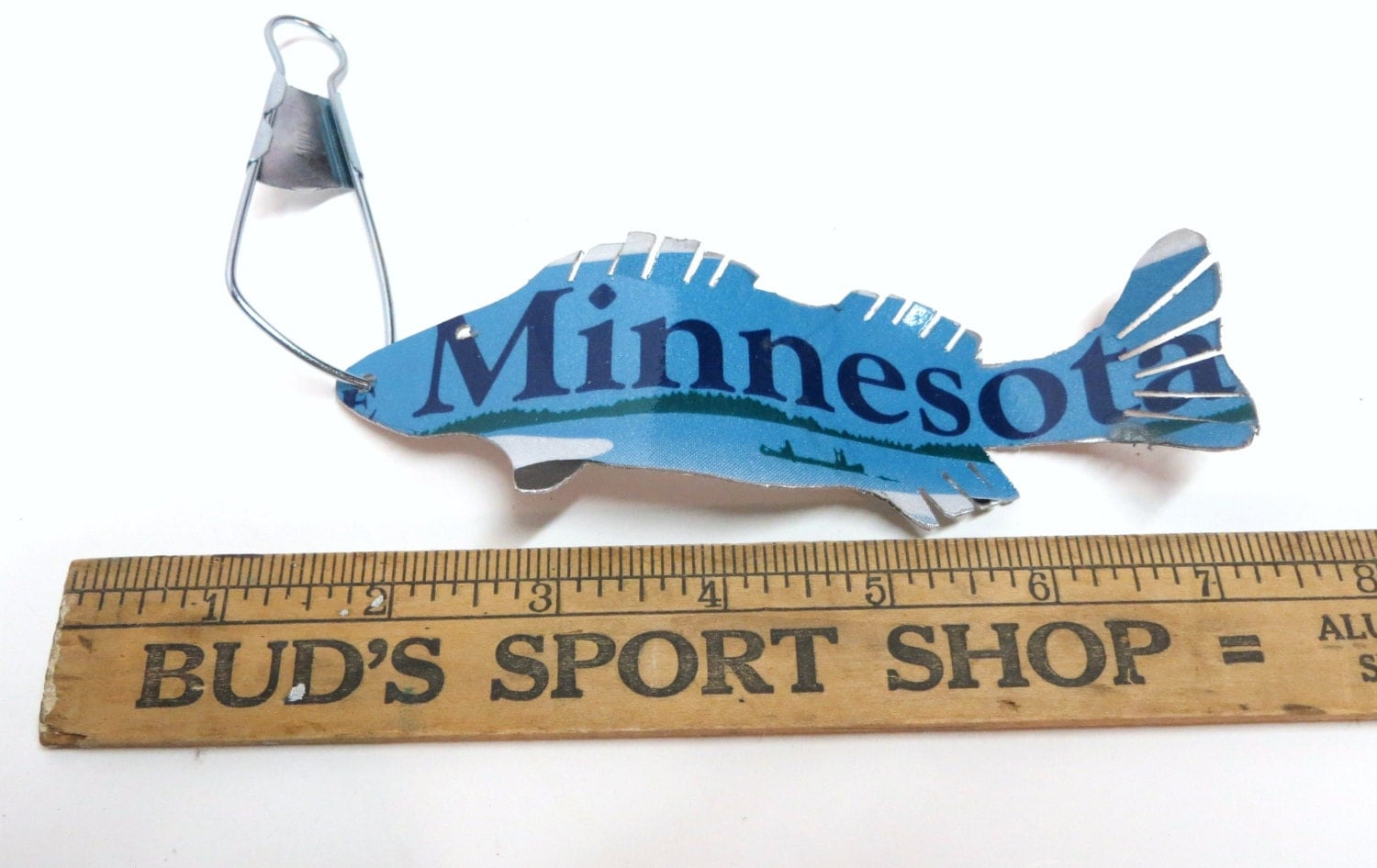 Minnesota walleye fish ornament recycled license plate art for Buy illinois fishing license online