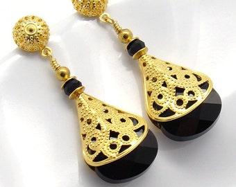 Crystal Earrings Briolette Pear Black Swarovski Crystal Gold Plated Victorian Style Filigree Wrap Steampunk Bridal Bridesmaids Earrings