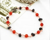 Positive and grounding bracelet -  agate and garnet