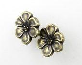 TierraCast Flower Button Antiqued Brass Ox Apple Blossom Bronze Metal Finding 15mm but0266 (2)