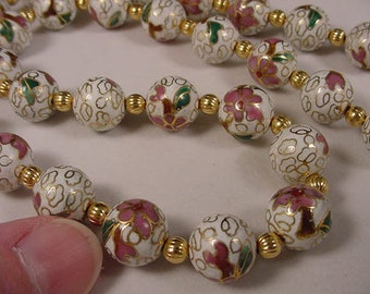 White Cloisonne Beads pink flower flowers and gold tone spacers 21 inch long beaded Necklace jewelry V259-6