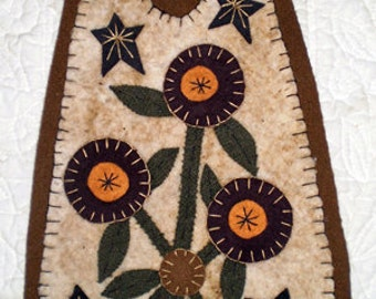 Oley Valley Primitives  FLOWERS & STARS  Penny Rug Door Knob Hanger Digital Download