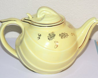 HALL Yellow Leaf Teapot