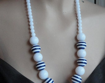 Vintage Navy & White Sliced Lucite Necklace 60s
