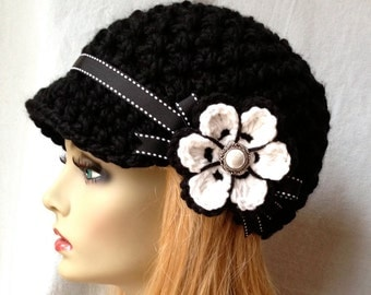 SALE Crochet Womens Hat, Newsboy, White and Black, Very Soft Chunky, Flower, Ribbon, Warm, Teens, Winter, Ski Hat, JE808N11A