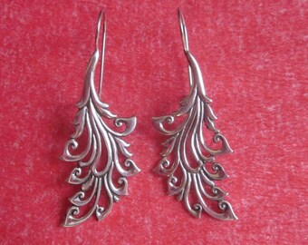 Bali Sterling Silver Earrings / silver 925 / Balinese handmade jewelry / floral design / 2.15 inches long